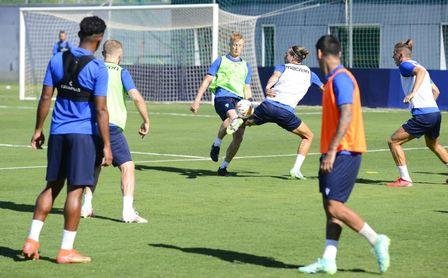 El Cádiz confirma un nuevo amistoso estival antes de debutar este miércoles en Benalup