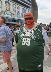 Milwaukee quiere seguir soñando con los Bucks