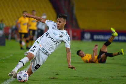 El Santos recupera a la joven promesa Kaio Jorge para la Copa Sudamericana