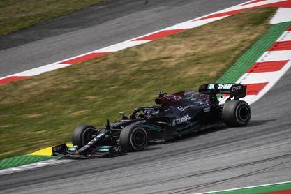 Hamilton a recortar a Max en Silverstone, que estrena la calificación sprint