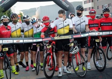 Mil corredores han participado en la clásica cicloturista La Induráin 2021