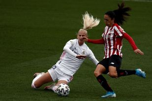 Vanesa Gimbert, de 41 años, renueva una temporada con el Athletic
