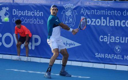 Adrián Menéndez sigue adelante en ATP Challenger de Pozoblanco