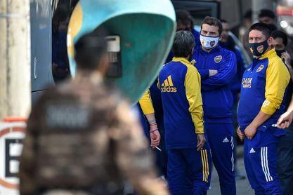 Jugadores de Boca Juniors regresan a Argentina y deberán aislarse por siete días