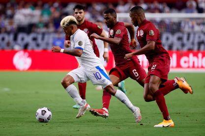 3-2. Catar derrota a El Salvador y se clasifica a semifinales de la Copa Oro