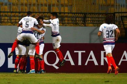 San Lorenzo le gana a un Boca Juniors juvenil por 0-2 y asume el liderato