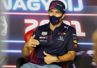 'Checo' Pérez asegura que renovación con Red Bull está cerca de concretarse