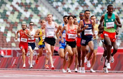 Fernando Carro, primer atleta español en acción, abandona en obstáculos