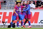 0-3. Un joven Barcelona liderado por Memphis Depay golea al Stuttgart