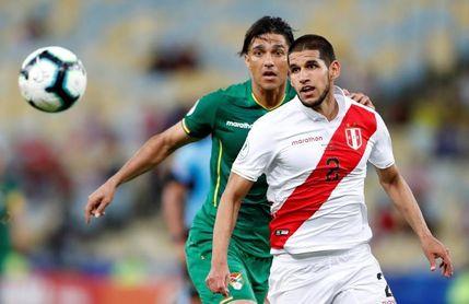 El Granada ficha al central peruano Luis Abram, procedente de Vélez Sarsfield