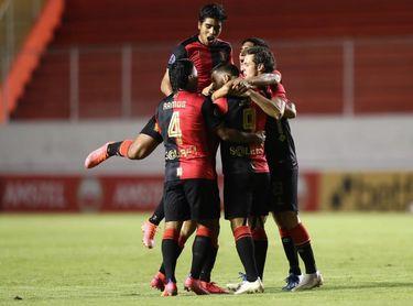 Cinco equipos comparten la cima de la Liga peruana tras cuatro jornadas