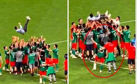 Diego Lainez, con la pierna inmovilizada en la celebración de México