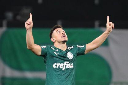 Palmeiras pierde en el último suspiro y pone en peligro su liderato en Brasil