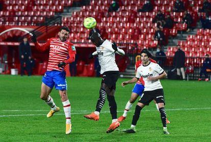 Un sorteo entre los abonados decidirá los asistentes al Granada-Valencia