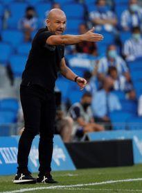 Paco López reconoce los méritos de la Real y está satisfecho con su equipo