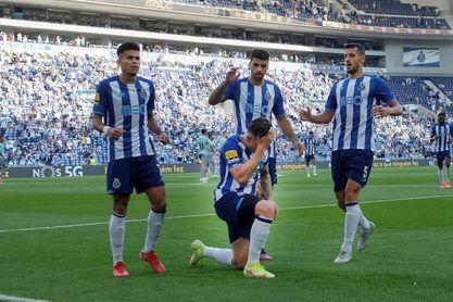 Victoria del Oporto y empate del Sporting, igualados al clásico