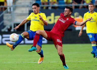 2-3. El reloj se alía con Osasuna para ganar en Cádiz