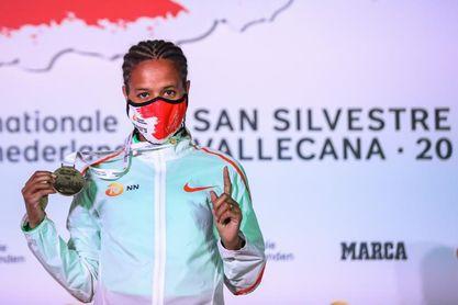 La etíope Yehualaw bate el récord mundial de medio maratón con 1h03:42