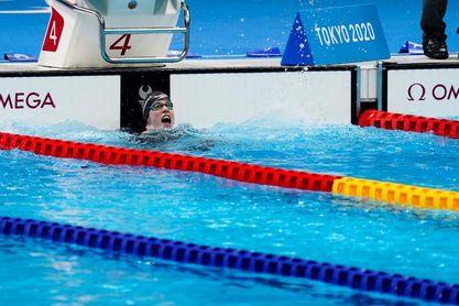 Marta Fernández bracea hasta el oro en sus primeros Juegos