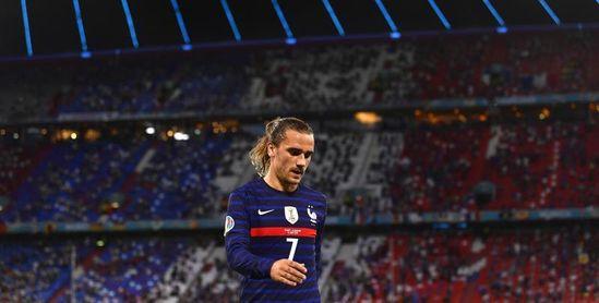 1-1. La expulsión de Koundé lastra a Francia