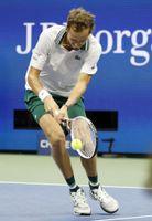 Medvedev supera con facilidad a Evans y pasa a cuartos de final del US Open