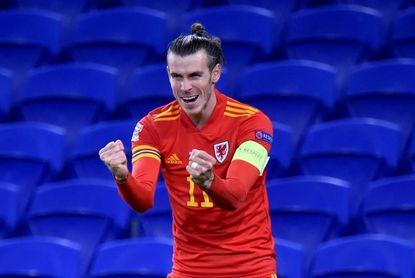 2-3. Bale salva a Gales