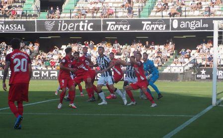 2-0. El Castellón desnuda las carencias del Sevilla Atlético