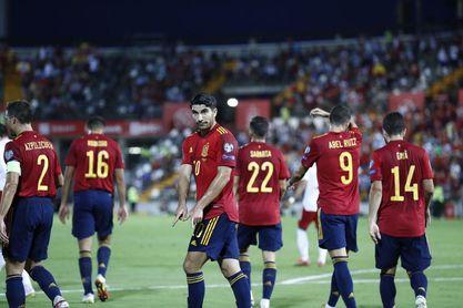 4-0. España encuentra la contundencia en Badajoz