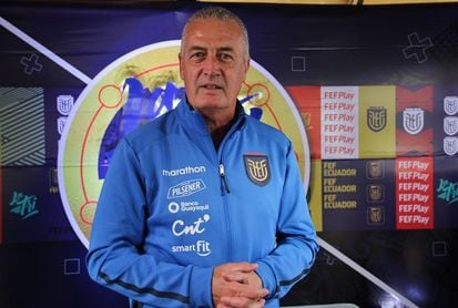 El técnico de Ecuador sigue considerando rival directo a Chile