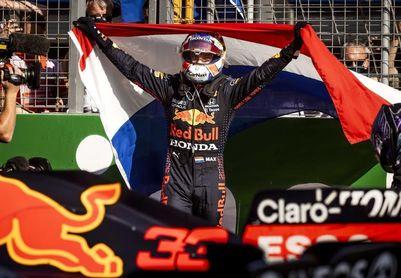 Verstappen, ídolo nacional y líder
