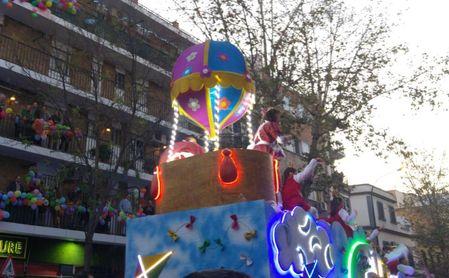 El Ateneo empieza a preparar las carrozas este mes con vistas a una Cabalgata de Reyes tradicional.