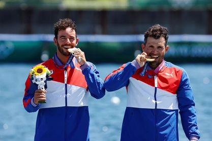Campeones cubanos Torres y Dayán encabezan delegación a mundial de piragüismo