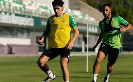 Pellegrini sigue sin poder contar con Canales ni Willian José.