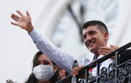 Carapaz será embajador itinerante deportivo de Ecuador