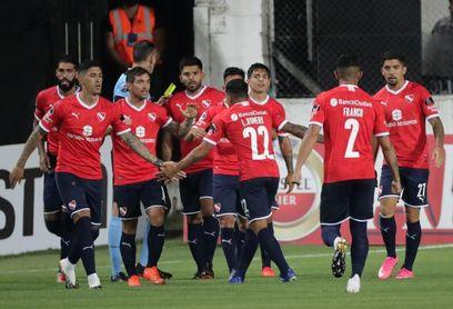 Independiente va por el liderato de Lanús y Talleres
