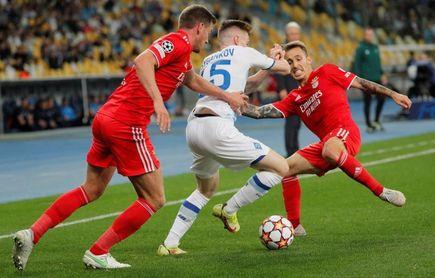 0-0. El Benfica domina pero no puede con el Dínamo