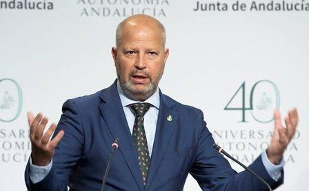Sevilla FC y Real Betis, atentos: Imbroda anuncia que el aforo en el deporte pasará al 80%
