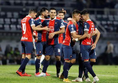 Guaraní-Cerro Porteño, un cara a cara por el liderato del Clausura paraguayo