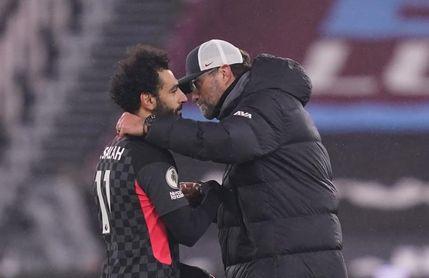 Klopp no se moja con la renovación de Salah