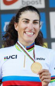 La italiana Balsamo, oro al sprint; Mavi García protagonista