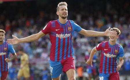 FC Barcelona 3-0 Levante UD: Recupera la sonrisa con la vuelta de Ansu y el estreno goleador de Luuk