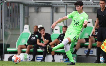 Anselmo McNulty, un sevillano en las filas del Wolfsburgo.
