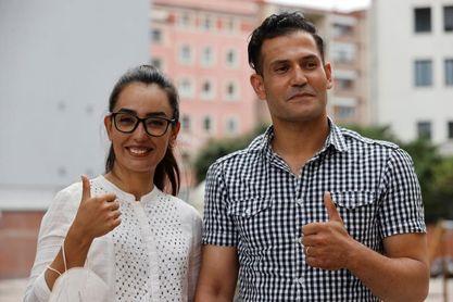 La afgana Bayat y su marido, Ramish, debutan el sábado en Amurrio