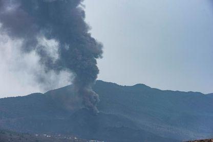 Cancelada la Transvulcania por los efectos del volcán
