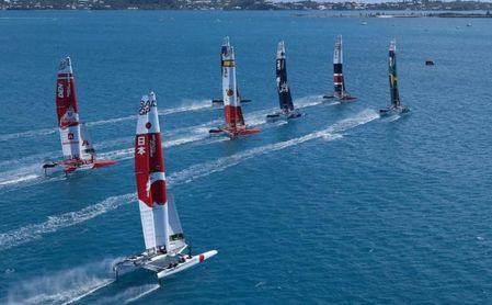 Los 'F-1' del mar concienciarán desde la Bahía de Cádiz sobre las praderas marinas y el carbono azul.