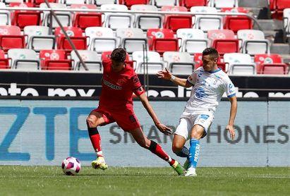 El uruguayo Dos Santos rescata empate para el Querétaro ante Toluca