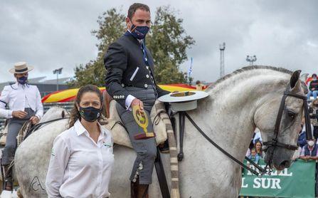 Umbrete corona a Luis Fernando Benítez como campeón de España de Doma Vaquera