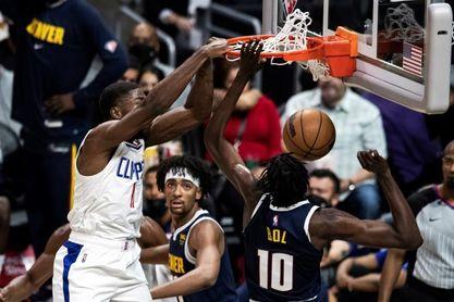 103-102. Los Clippers, sin las estrellas, ganan a los Nuggets, sin Jokic