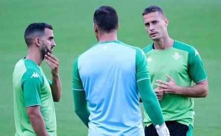 Canales, gran ausencia en el entrenamiento del Betis