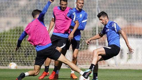 Machis y Luis Abram, con sus selecciones; Duarte se queda en Granada.